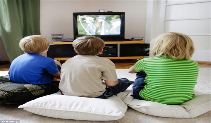 बच्चों का ज्यादा टीवी देखना है खतरनाक, हो सकता है मोटापे का शिकार