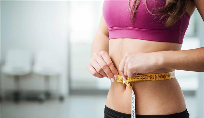 अगर करना है मोटापा कम तो करें ये उपाय, जमकर सोएं और फैट बढ़ाने वाले खाने से बचें