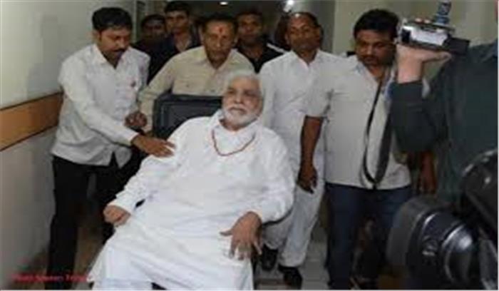 मशहूर अभिनेता कादर खान के दिमाग ने काम करना किया बंद, अस्पताल में हुए भर्ती