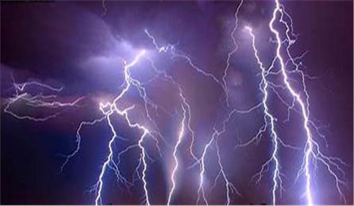आकाशीय बिजली दिखा रही प्रचंड रूप , यूपी-बिहार-झारखंड में अब तक 51 की मौत, मौसम को लेकर हाई अलर्ट जारी