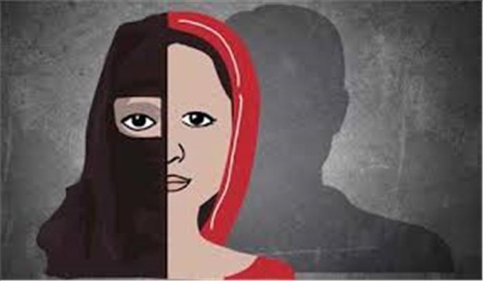 दिल्ली के लव जेहाद - पहचान छिपाकर मंदिर में मुस्लिम युवक ने की हिंदू युवती से शादी , खुलासा होने पर मारपीट , 3 गिरफ्तार
