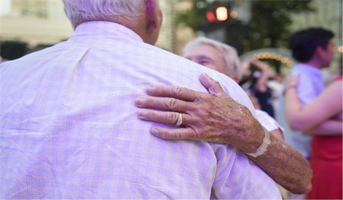 50 साल तक लिव इन में रहने के बाद मोक्ष के लिए 80 साल की उम्र में रचायी शादी