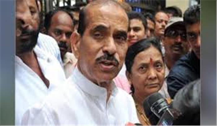 महाराष्ट्र LIVE - शिवसेना में फूट की खबरें , हिन्दुत्व का मुद्दा छोड़ने की खबरों से 17 विधायक नाराज , पहुंचे मातोश्री