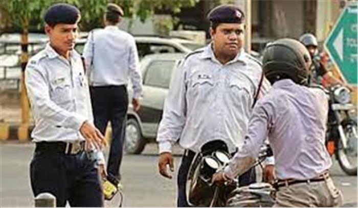 वाहन चालकों को केंद्र सरकार ने दिया तोहफा, गाड़ी में ओरिजिनल दस्तावेज रखने की जरूरत नहीं
