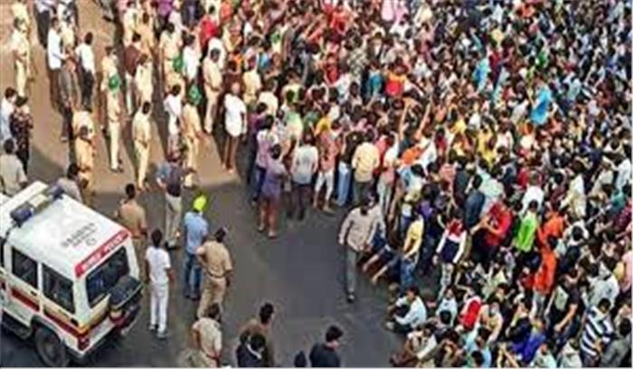 मुंबई में मजदूरों को घर जाने के लिए गुमराह करने का आरोपी विनय दुबे हिरासत में , 1000 लोगों पर दर्ज हुई FIR