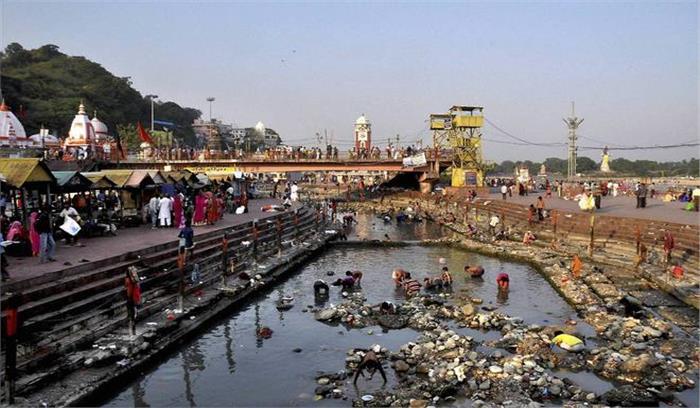 गंगा को प्रदूषण मुक्त करने में अनियमितता आई सामने, 3 अभियंताओं पर गिरी गाज