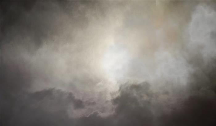 नासा आसमान में करेगा करिश्मा, बनाए जाएंगे चमकते कृत्रिम बादल