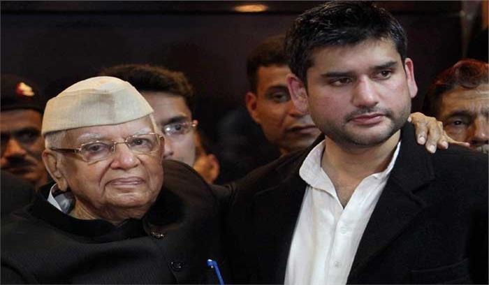 कांग्रेस के वयोवृद्ध नेता एनडी तिवारी भी हुए भाजपाई, बेटे को करना चाहते हैं राजनीति में स्थापित