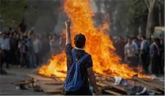CAB पर आखिर क्यों सुलग रहे हैं पूर्वोत्तर राज्य , जानिए लोगों के हिंसक विरोध -प्रदर्शन का असल कारण