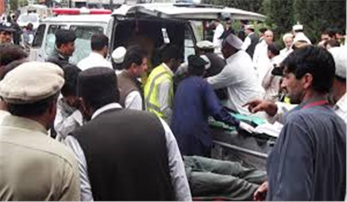 पाकिस्तान में चुनावी रैली के दौरान 2 जबर्दस्त धमाके, 133 लोगों की मौत 200 से ज्यादा घायल