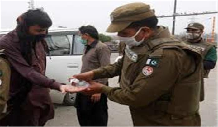 पाकिस्तानी सेना कोरोना के मरीजों पर कर रही जुल्म , संक्रमित लोगों को जबरन भेज रही है POK में