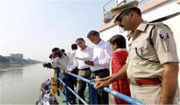 पटना - प्रशासन ने छठ के मद्देनजर गंगा नदी में तैनात किए NDRF के 450 जवान , 72 बोट