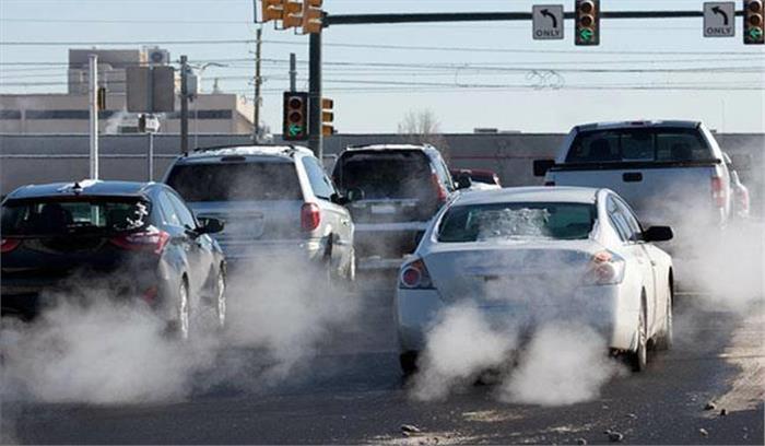 NGT का आदेश- डीजल की 10 साल और पेट्रोल की 15 साल पुरानी गाड़ियों पर प्रतिबंध