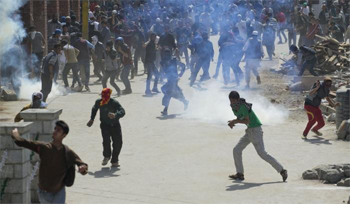 जम्मू कश्मीर में दंगा और प्रदर्शन करने वालों की खैर नहीं, सरकारी संपत्तियों को नुकसान पहुंचाने वालों से वसूला जाएगा पैसा