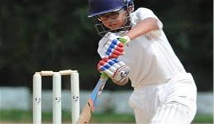 राहुल द्रविड़ ने 14 वर्षीय बेटे समित को भी बनाया