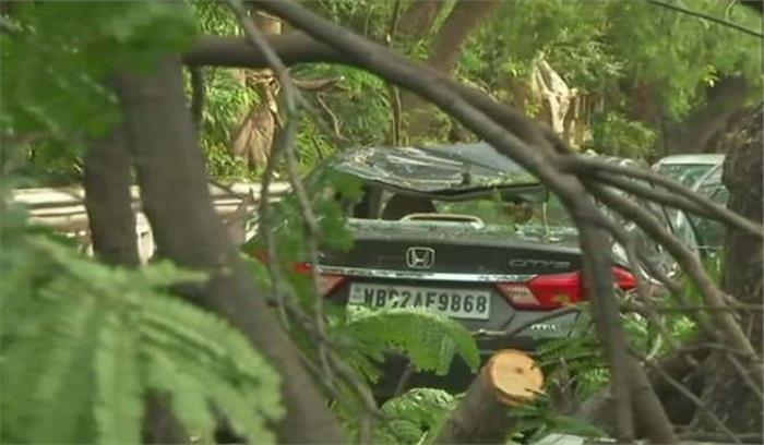 पश्चिम बंगाल में बारिश और तूफान का कहर, 15 लोगों का मौत, 50 से ज्यादा घायल