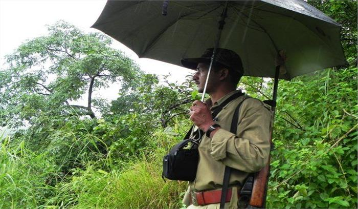 राजाजी पार्क में वनरक्षकों की भर्ती में हुआ फर्जीवाड़ा, तीन बर्खास्त गार्ड के खिलाफ मुकदमा दर्ज