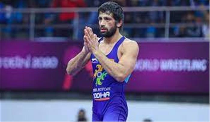 ओलंपिक LIVE - पहलवान रवि कुमार दहिया कुश्ती के फाइनल में , दीपक अपना मुकाबला हारे