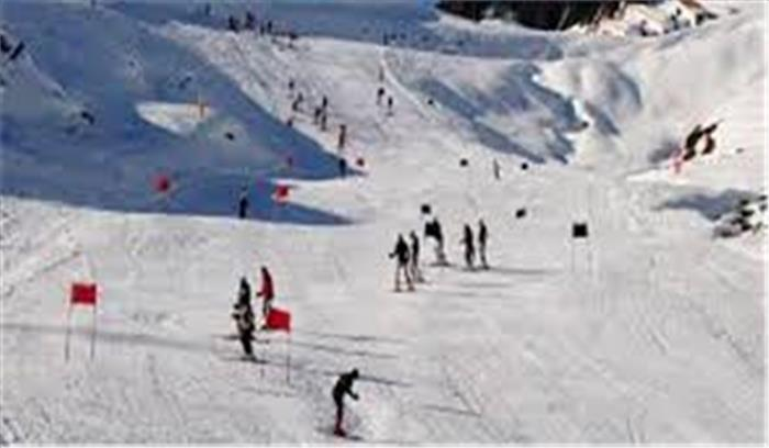 औली में अंतरराष्ट्रीय स्कीइंग प्रतियोगिता के लिए तैयारियां तेज, सरकार ने दी निर्माण के मानकों में ढील