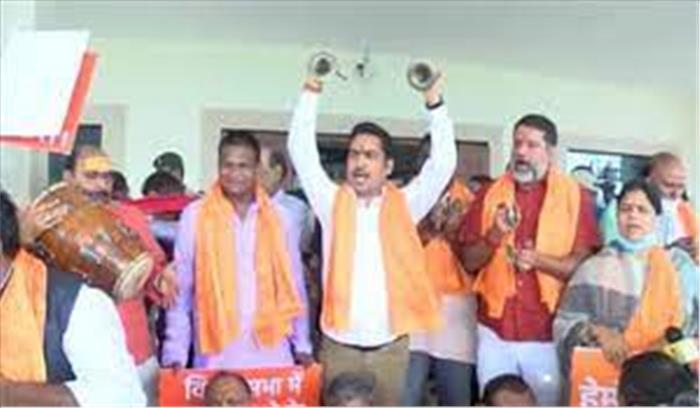 झारखंड विधानसभा में नमाज के लिए अलग से कमरे पर हंगामा , भाजपा ने आज किया भजन कीर्तन