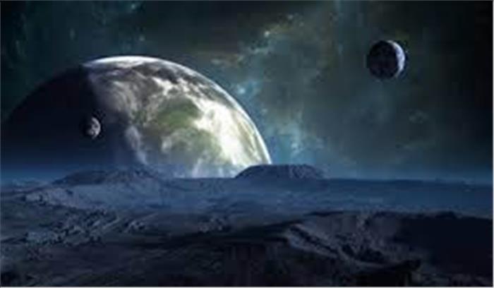 वैज्ञानिकों ने खोजा हमारे चंद्रमा के आकार वाले मृत तारे को, जानें इसकी खासियत