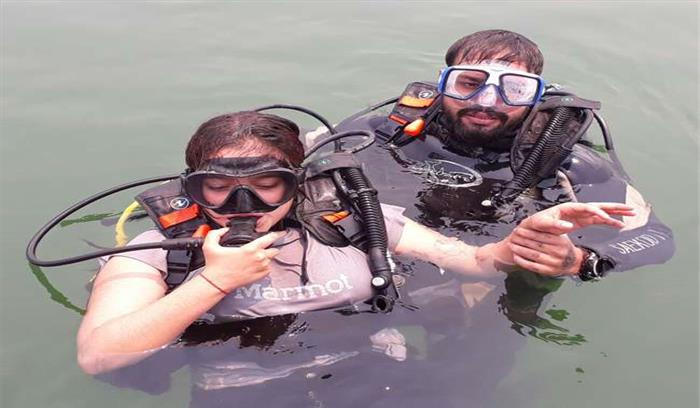 टिहरी झील में शुरू हुई 'स्कूबा डाइविंग' , 2 हजार रुपये में पर्यटक ले सकेंगे मजा
