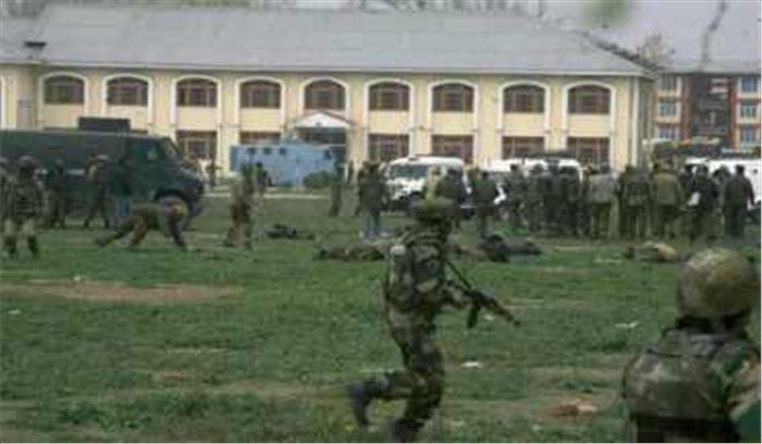 श्रीनगर में सीआरपीएफ मुख्यालय पर हमला करने की बड़ी आतंकी कोशिश नाकाम, सुरक्षाबलों ने फायरिंग कर खदेड़ा