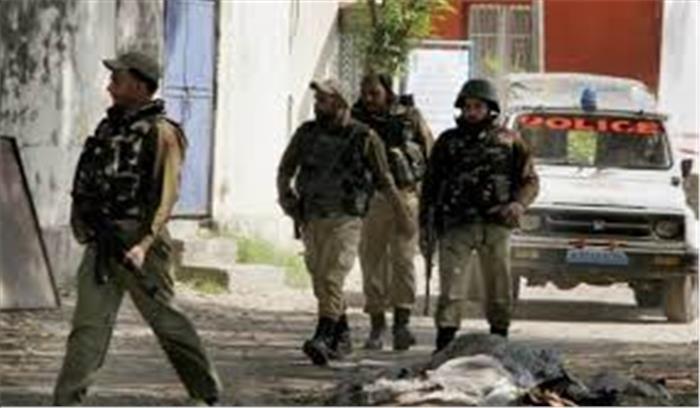 सीआपीएफ मुख्यालय के हमलावरों के साथ दूसरे दिन भी मुठभेड़ जारी, सेना कर रही इमारत को उड़ाने की तैयारी