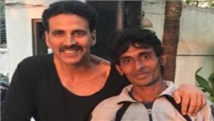 'खिलाड़ी कुमार' का यह फैन साईकिल से तय किया हरिद्वार से मुंबई तक का सफर