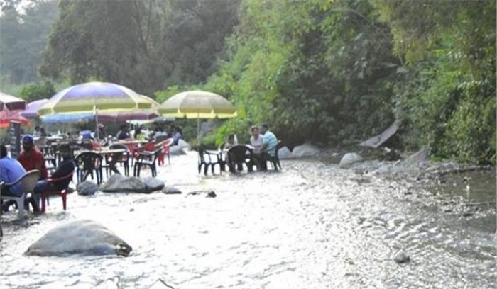 पर्यटक स्थल गुच्चुपानी में प्लास्टिक ले जाने पर लगी पाबंदी, औली को भी खेल के लिए तैयार करने के निर्देश