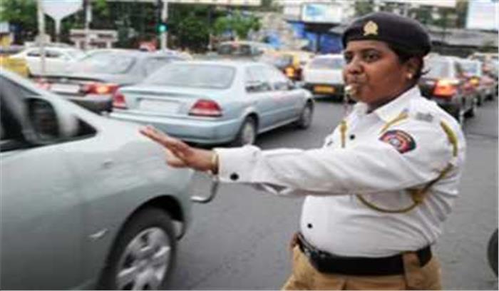 यातायात नियमों  का उल्लंघन करने पर डीजीपी का हुआ चालान, पुलिस को मिली शाबासी