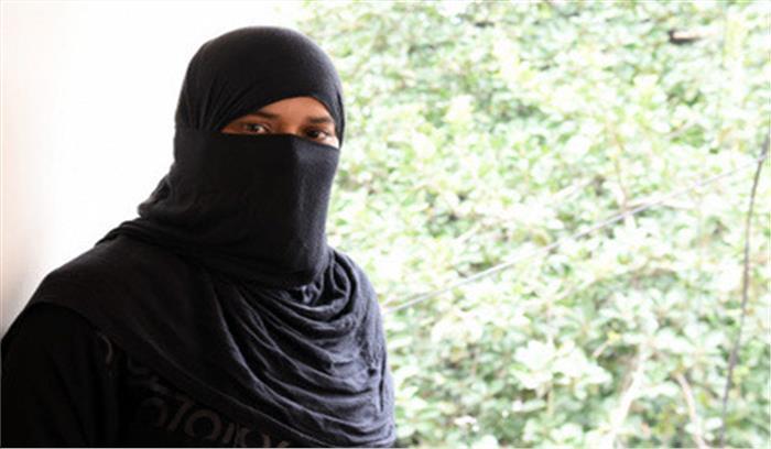 तीन तलाक की जंग जीतने वाली मुस्लिम महिलाओं को समाज से सुनने पड़ रहे हैं अपशब्द...
