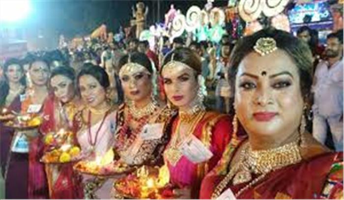 माता का ऐसा मंदिर जहां पुरुष 16 श्रृंगार करके है पूजा , मनोकामना पूरी होने पर दान करते हैं श्रृंगार का सामान