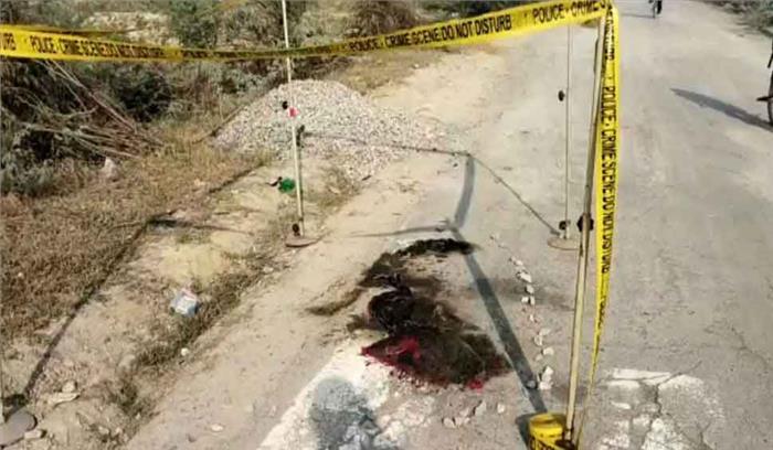 उन्नाव कांड : पीड़िता 90 फीसदी जलने के बावजूद 1किमी पैदल चली , खुद पुलिस को फोन कर सुनाई आपबीती