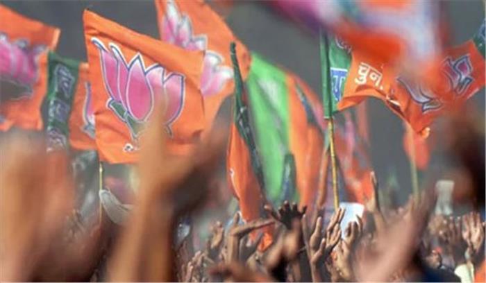 उत्तराखंड के मुख्यमंत्री हरीश रावत दोनों सीटों से हारे, गोवा के सीएम लक्ष्मीकांत ने हार का मुंह देखा...जानिए कौन जीता-कौन हारा