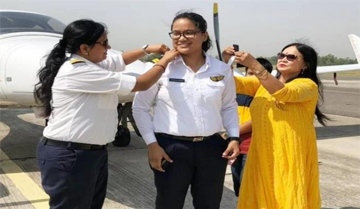 पिथौरागढ़ की मुस्कान सिंह बनी जिले की पहली महिला पायलट , अब भारतीय वायुसेना में शामिल होकर देशसेवा करना लक्ष्य