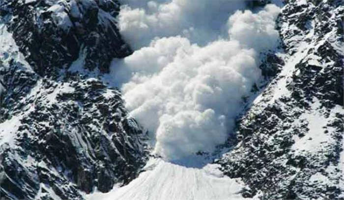 उत्तराखंड के कई हिस्सों में अगले 24 घंटों में हिमस्खलन की चेतावनी