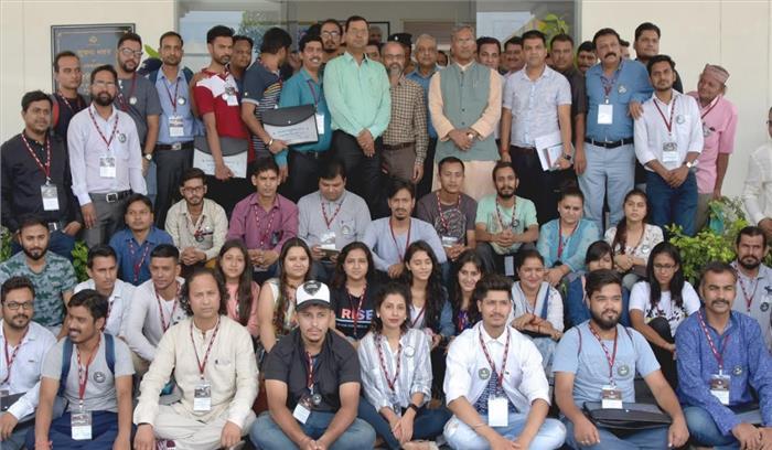 फिल्म निर्माताओं के लिए उत्तराखंड नई डेस्टीनेशन , देवभूमि के युवाओं के लिए रोजगार के पैदा होंगे अवसर - सीएम त्रिवेंद्र सिंह रावत