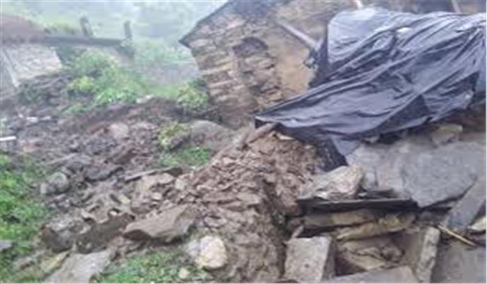 चमोली के कर्णप्रयाग में बादल फटा, 48 घंटे और होगी आफत की बारिश, मौसम विभाग ने जारी किया रेड अलर्ट