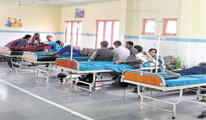 स्वास्थ्य व्यवस्था चरमराने के बाद विभाग का यू टर्न, संविदाकर्मियों को हटाने का फैसला वापस लिया