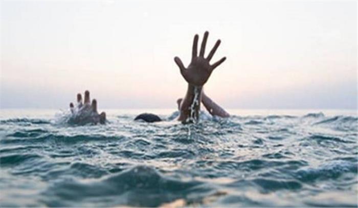 ऋषिकेश में गंगा स्नान के दौरान सेल्फी लेते युवक का पैर फिसला , नदी में डूबने से मौत