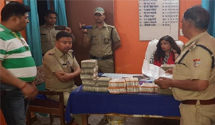 टिहरी में कार से 58 लाख रुपये की नकदी बरामद , चुनाव निगरानी टीम ने पकड़कर जब्त की नकदी