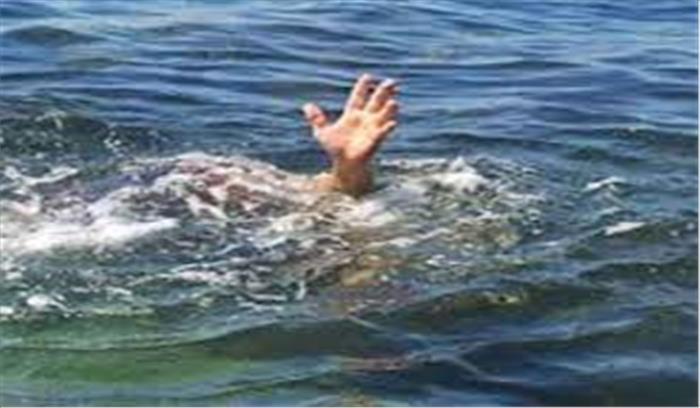 उफनती नदी में मौज मस्ती करना पड़ा महंगा, दिल्ली के युवक की डूबकर हुई मौत