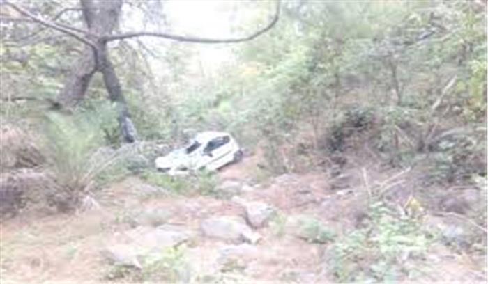 उत्तरकाशी से देहरादून जा रही कार दुर्घटनाग्रस्त, 5 लोग घायल, 1 की हालत गंभीर