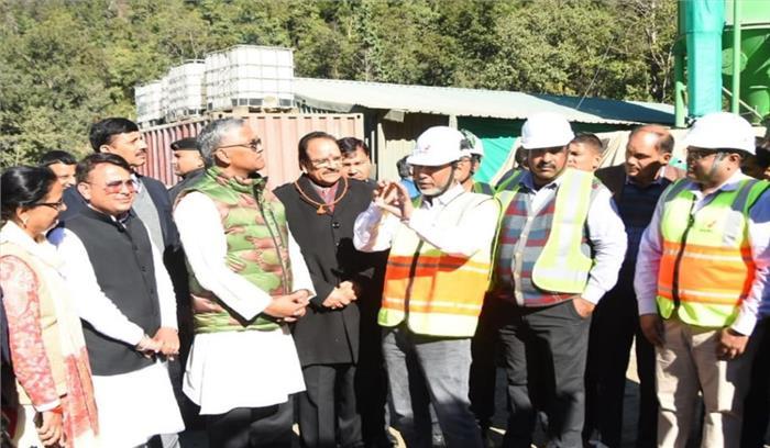 सीएम रावत ने ऋषिकेश- कर्णप्रयाग रेल लाइन परियोजना के निर्माण कार्य का निरीक्षण किया