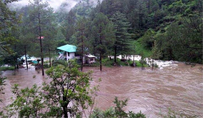 Uttarakhand - पिथौरागढ़ में बादल फटा , 3 लोगों की मौत 11 घायल , भूस्खलन से कई जगहों पर रास्तें बंद