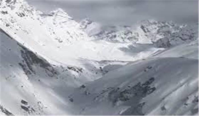 उत्तराखंड में बर्फ की चादरें 16 फीसदी तक बढ़ी , इस साल नहीं होगी पहाड़ों पर पानी की किल्लत