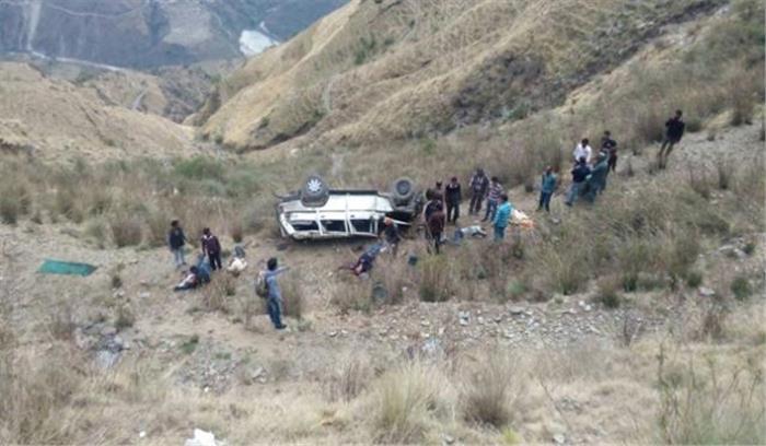 उत्तरकाशी में हुआ बड़ा हादसा, बारातियों से भरी गाड़ी  के खाई में गिरने से 5 की मौके पर मौत, 5 अन्य घायल