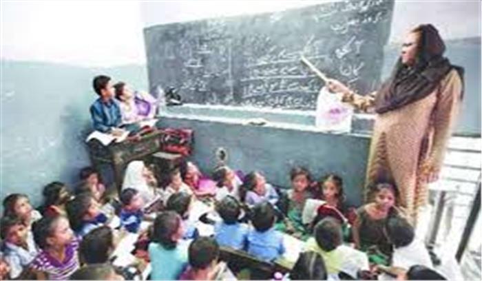 योगी सरकार ने अखिलेश यादव द्वारा लिए गए फैसले का पलटा, 4 हजार उर्दू शिक्षकों की भर्ती निरस्त