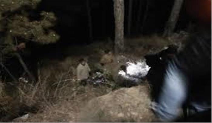 जन्मदिन मनाकर लौट रहे पौड़ी के 5 युवकों की कार गिरी खाई में, 4 की मौके पर मौत, 1 गंभीर रूप से घायल